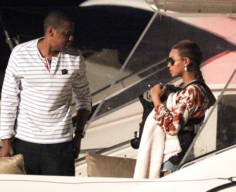Beyonce, Jay-Z and Blue Ivy On Boat