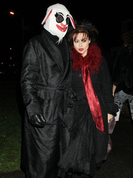 Celebrities\' Halloween Costumes - Heart
