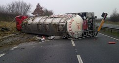 Tanker overturns on A14