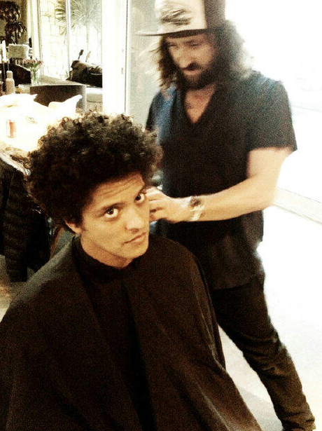 bruno mars gets a hair cut celebrity photos of the day