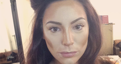 Kelly Brook Contouring
