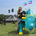 4GEE Charging Bull Glastonbury