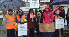 junior doctors strike sandwell picket